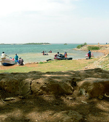 Lake side view of Keenjhar Lake