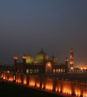 Badshahi Mosque